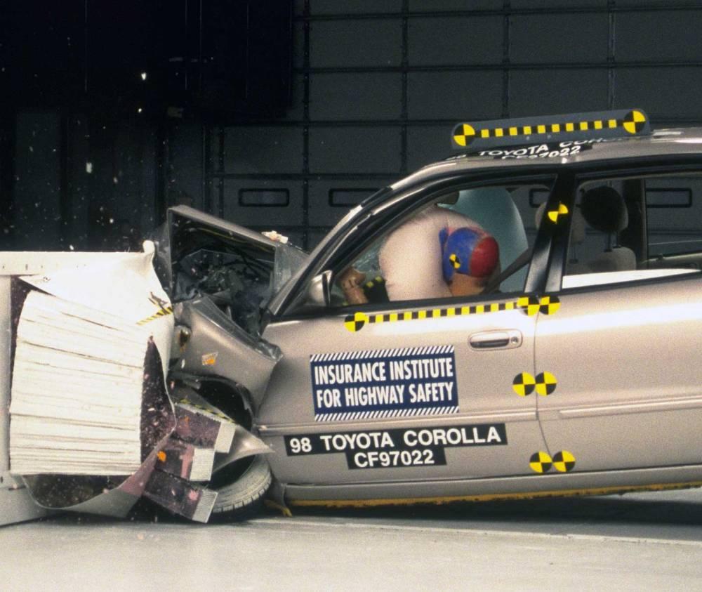 medium resolution of action shot taken during the frontal offset crash test