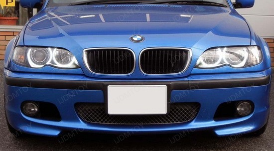 BMW 330i E46 LED Angel Eyes 3