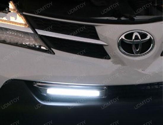 Toyota RAV4 LED Daytime Lights 08