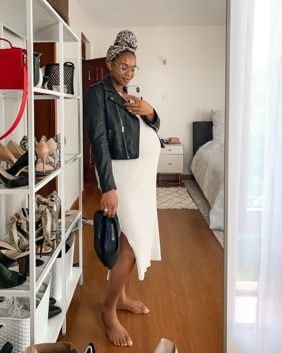 Lifestyle blogger Ijeoma Kola shares the best non maternity pregnancy clothes