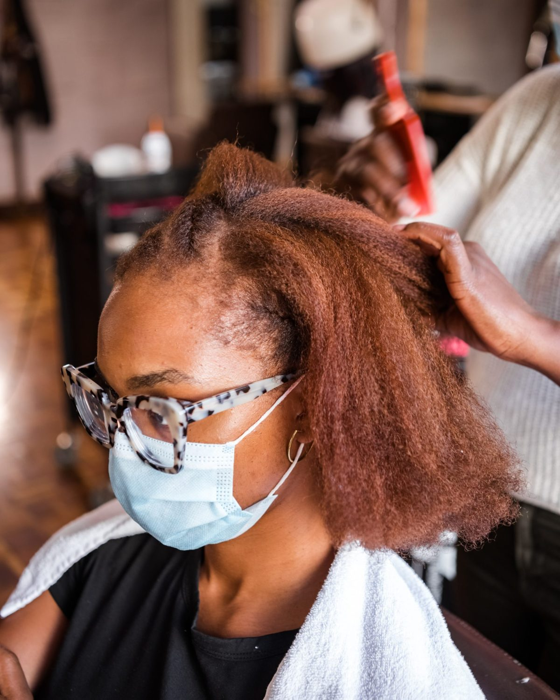 Ijeoma Kola getting her hair done - Coloring natural hair