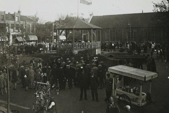 Gebalde vuisten op het Willemsplein