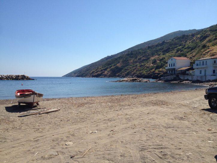 Karavostamo beach, Eastern side