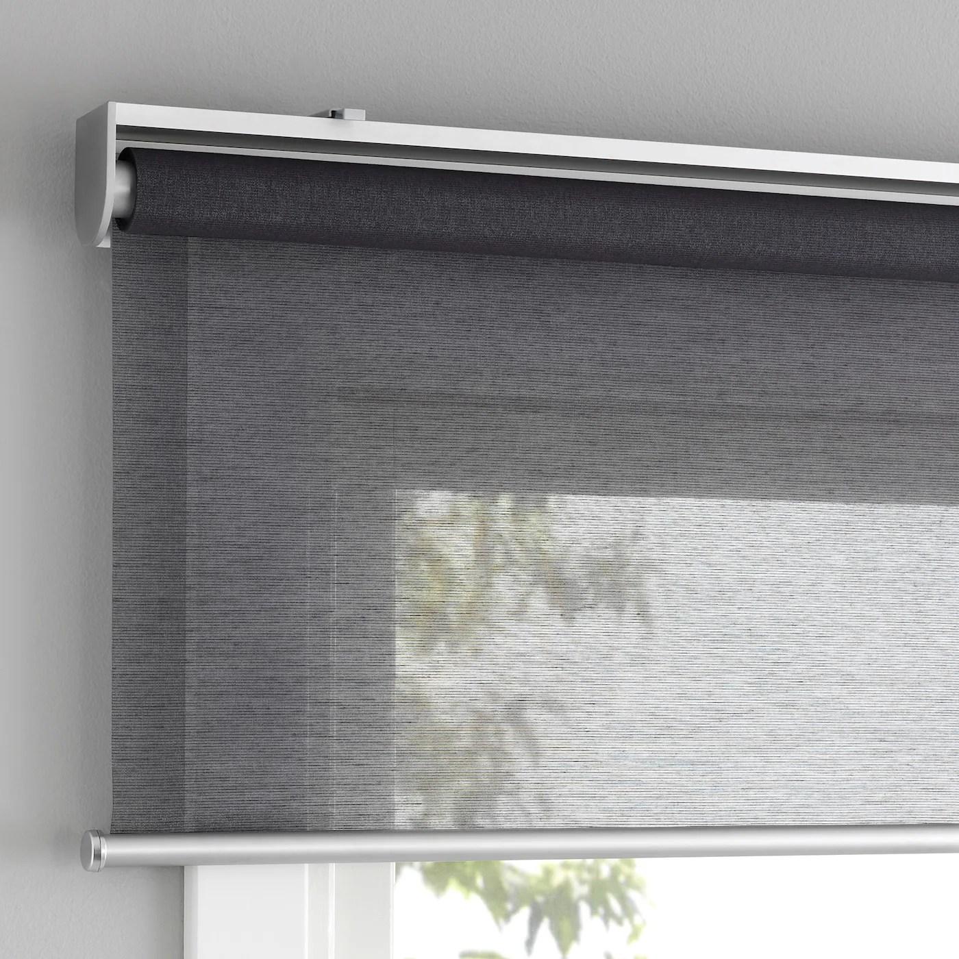 L'installazione delle tende sulla finestra è semplice. Skogsklover Tenda A Rullo Grigio 140x195 Cm Ikea Svizzera