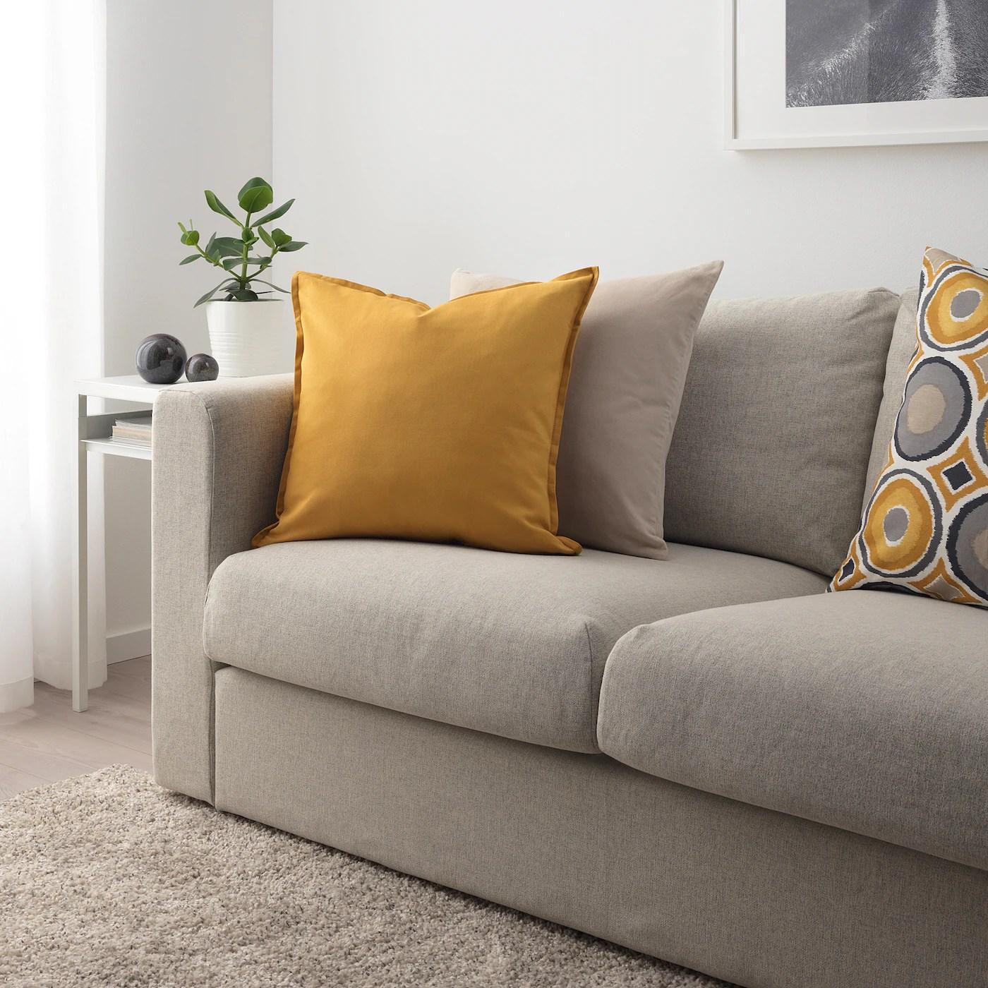 gurli housse de coussin jaune dore 50x50 cm