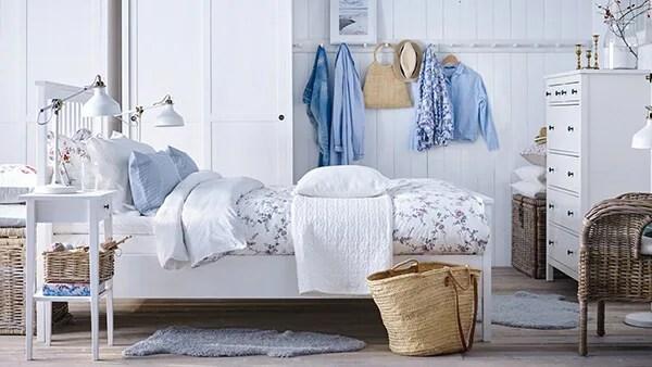 Idee di arredamento, soluzioni per tenerla in ordine e suggerimenti su come abbellirla con i tessili e tanto altro ancora. Camere Da Letto Per Ogni Esigenza Di Stile E Budget Ikea It