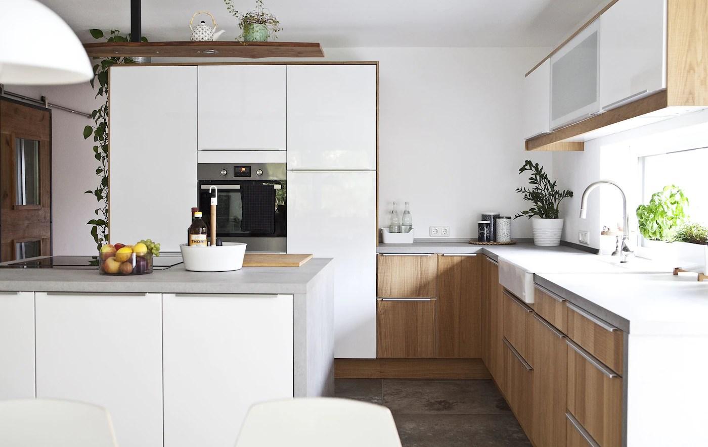 Una Cucina Organizzata Tra Modernità E Stile Country Ikea