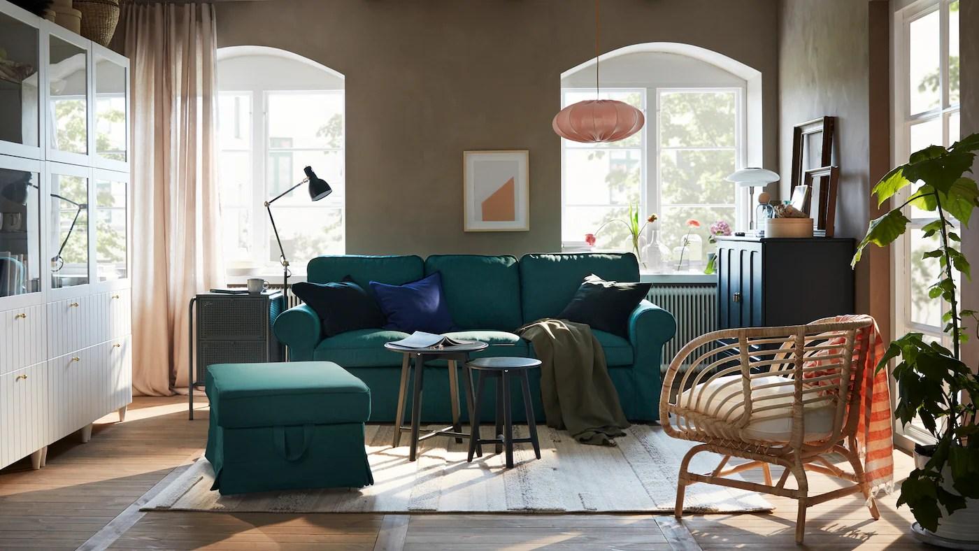 Stue Med Stilfuld Opbevaring I Forklaedning Ikea