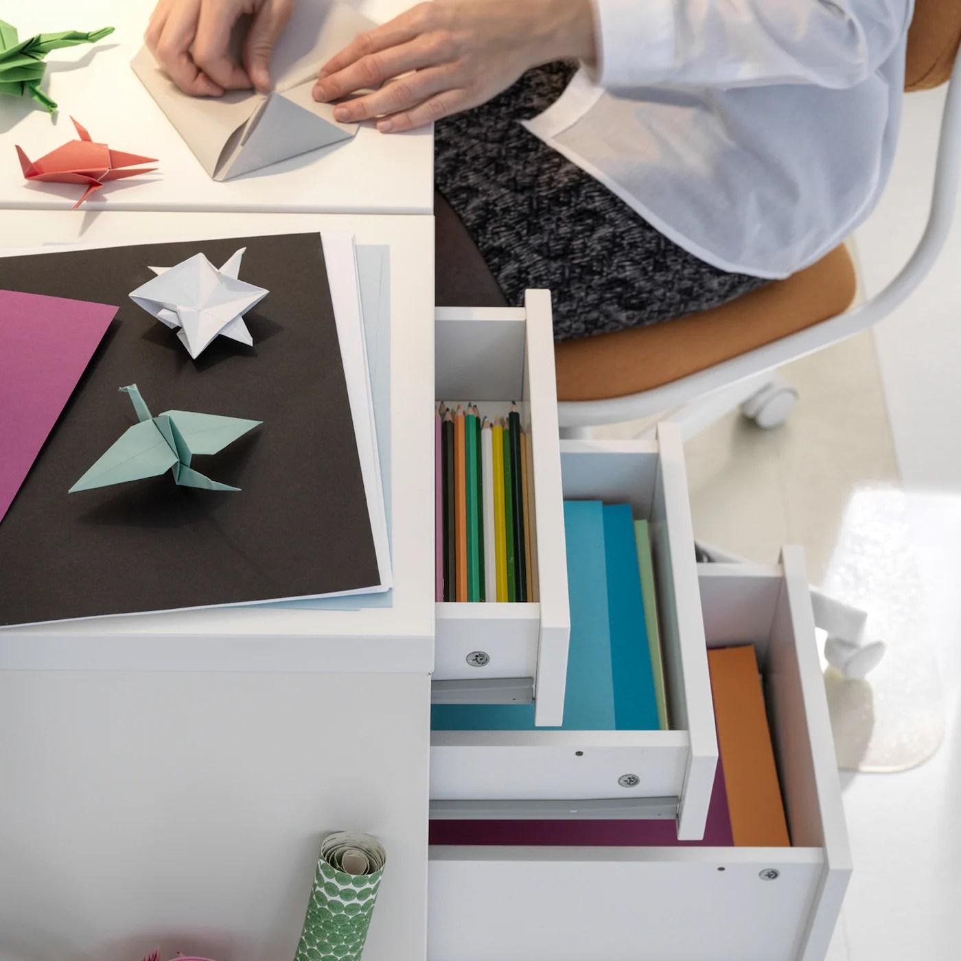 Sapete come trasformare delle semplici mensole da cucina in sfiziose. Idee E Consigli Per La Cameretta Dei Piu Piccoli Ikea It