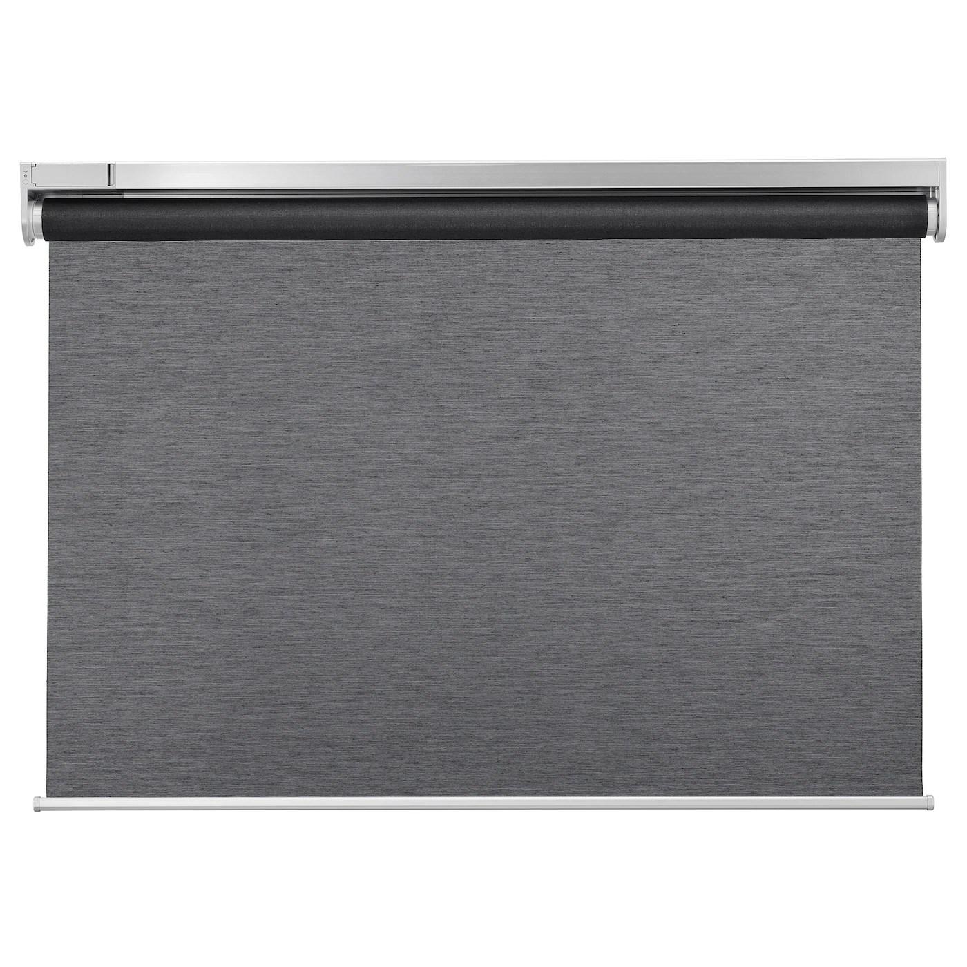 Queste tende sono perfette per l'arredamento soggiorno, ma non preferibili per una cucina Kadrilj Tenda A Rullo Wireless A Batterie Grigio 100x195 Cm Ikea It