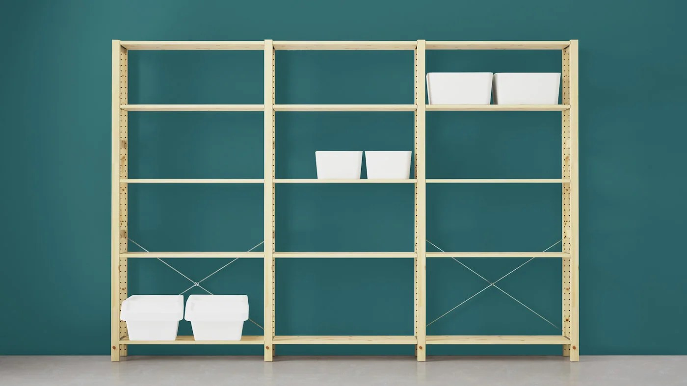 Ikea has become one of the most successful businesses, with 250 stores in 31 countries. Librerie E Scaffali Ikea It