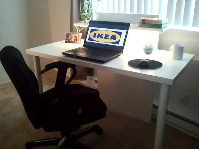Stunning TriFecta Computer Desk