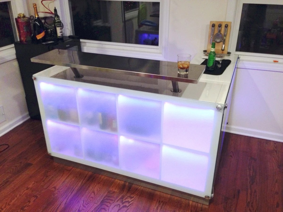Expedit drinks bar inspired by another post ikea hackers - Meuble de bar ikea ...