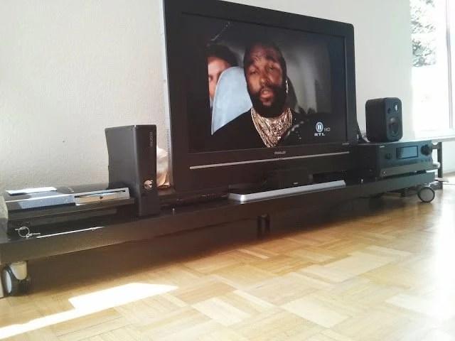 Low TV bank - Lack'n'Rolls