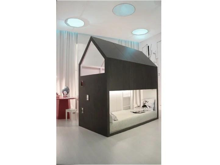 kura little forest house. Black Bedroom Furniture Sets. Home Design Ideas