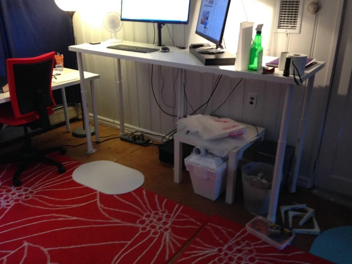 Standing Desk LINNMON ADILS Standing Desk on the Cheap