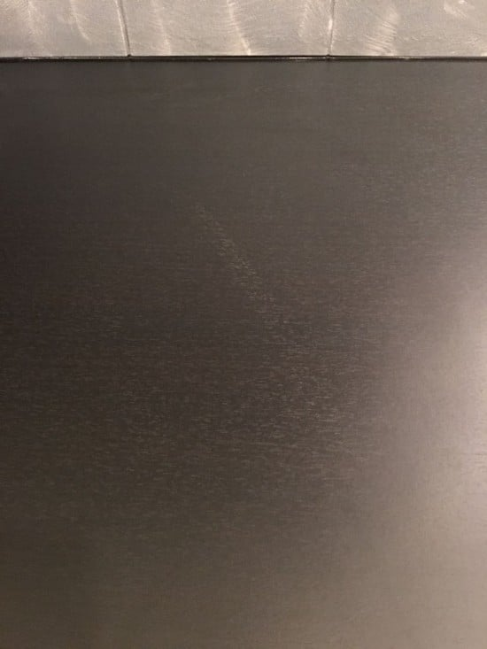 Scuff marks on the EKBACKEN worktop