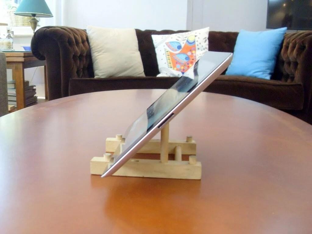 Vertical Plate Rack Ideas