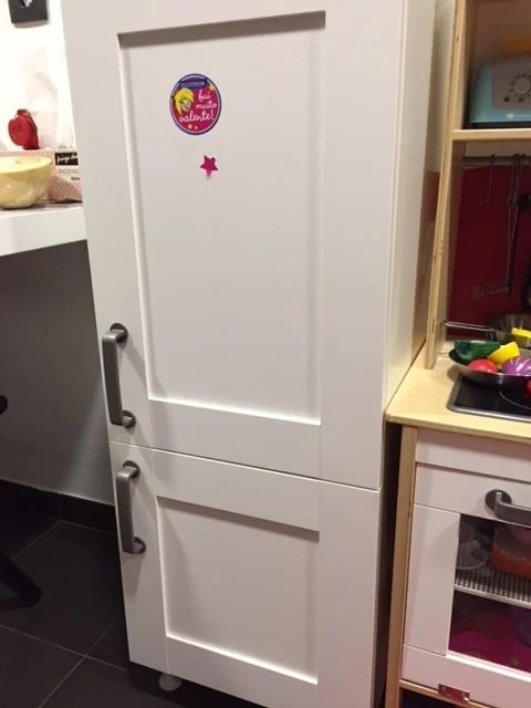 Play fridge to match the DUKTIG play kitchen : play door - pezcame.com