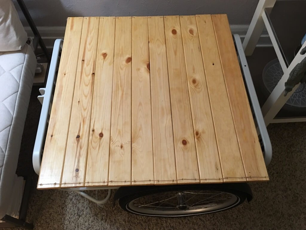 How to disguise your Bike Trailer as a end table