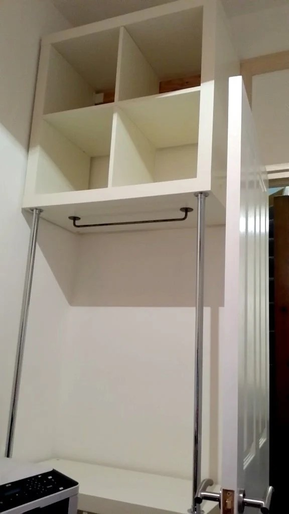 Cheap and easy clothes space