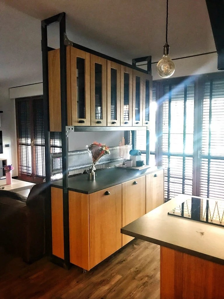 Amazing Open Kitchen with cabinets as space divider