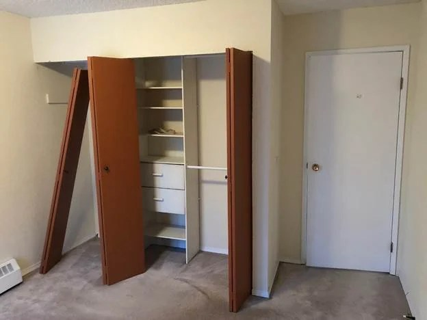 How to save by building your own custom built-in closet