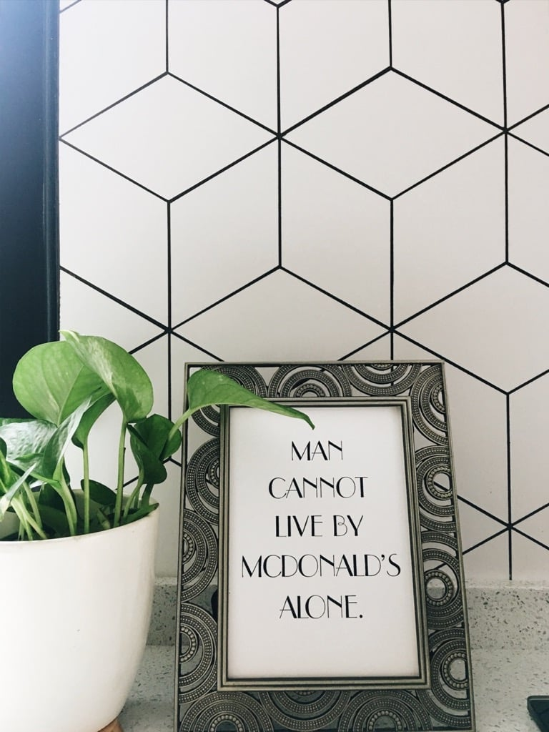 Rhombus tiles backsplash