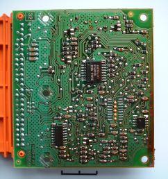 bottom view of an air bag controller [ 2400 x 1800 Pixel ]