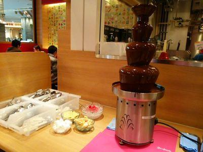 ららぽーと富士見スィーツパラダイスケーキのチョコタワー