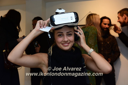 Olga Kravchenko wearing VR glasses Artrooms 2016 © Joe Alvarez