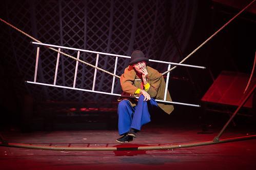 Clown Tweedy Cirque Berserk