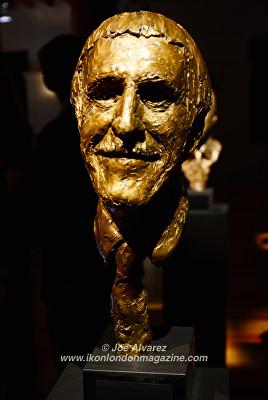 bust of Bruse Forsyth Joanna Lumley at Royal Sculptor Frances Segelman Heads at The Tower exhibition © Joe Alvarez © Joe Alvarez