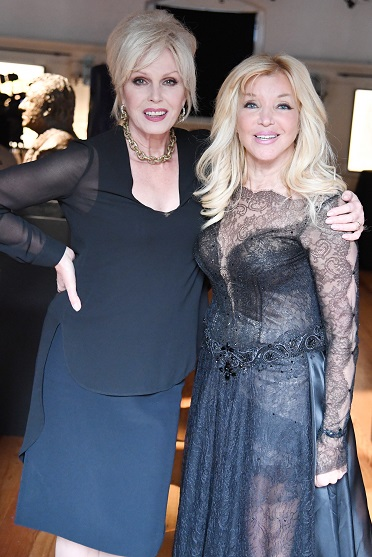 Joanna Lumley and Royal Sculptor Frances Segelman at Heads at The Tower exhibition
