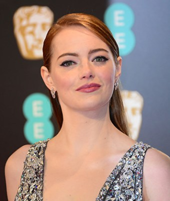 Emma Stone at Royal BAFTA 2017 © Joe Alvarez