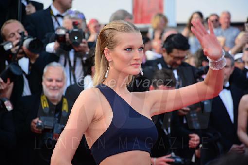 Toni Garn The Beguiled Premiere Cannes Film Festival © Joe Alvarez