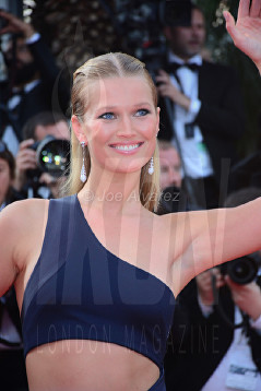 Toni Garn The Beguiled Premiere Cannes Film Festival © Joe Alvarez