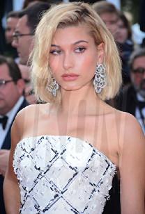 Hailey Baldwin The Beguiled Premiere Cannes Film Festival © Joe Alvarez