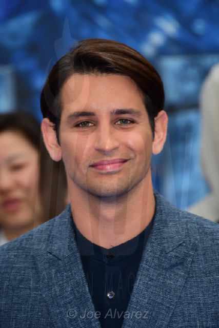 Ollie Locke Valerian and The City of a Thousand Planets