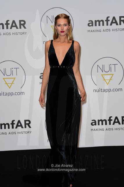 Toni Garrn NUIT pre-amfAR party Cannes © Joe Alvarez 16580