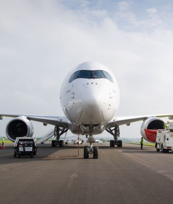 hi res A350-1000_fuel_test_campaign_in_the_UK