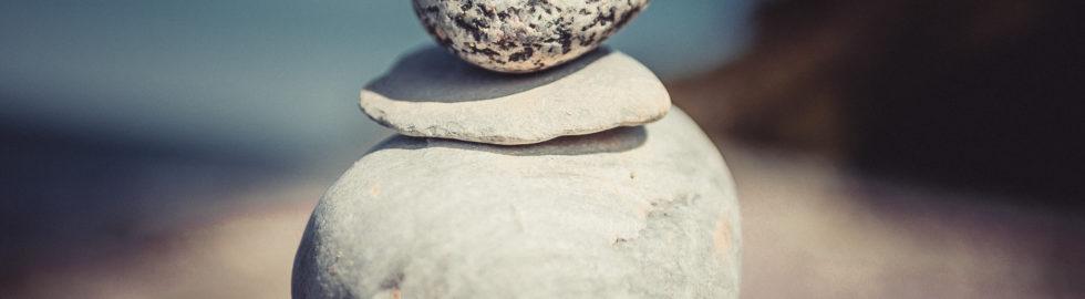 steinstapel_strand_nienhagen_ikopix