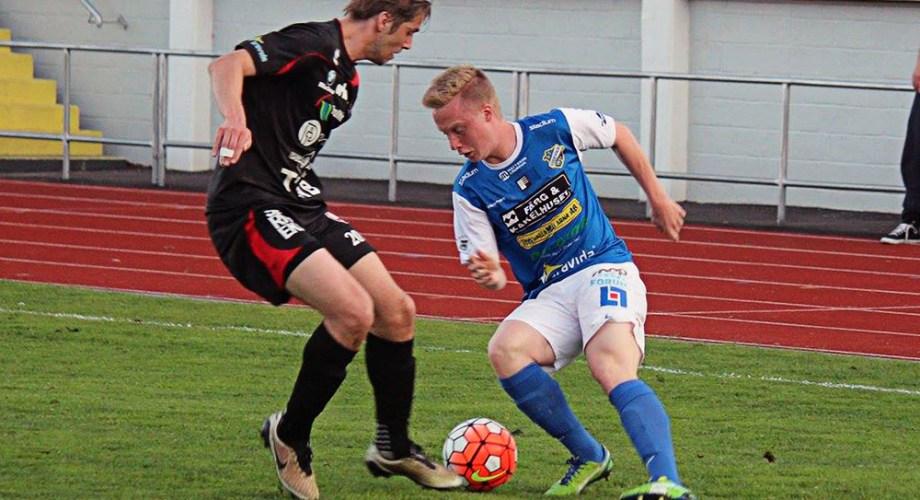 Adam Engelbrektsson i matchen mot FC Trollhättan. FOTO: Susann Sannefjäll