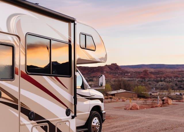 Unbelievable! Unieke roadtrip door VS met gloednieuwe luxe camper | meerdere data maar weg = pech vanaf 5,- per dag!