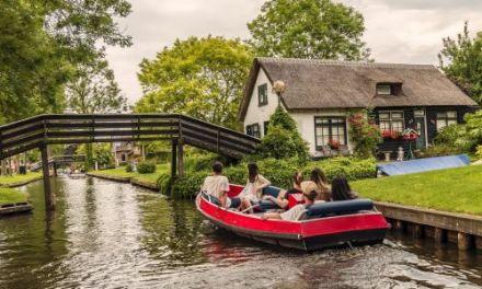 Dagaanbieding – 3 dagen bij Giethoorn in een met 8,4 beoordeeld hotel incl. ontbijt en boottocht