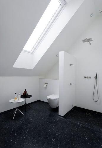 Badkamer met schuin dak 8 voorbeelden ter inspiratie  Ik