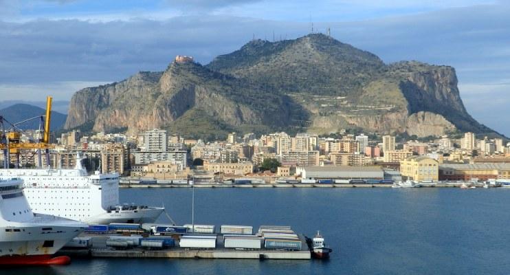 シチリア 港
