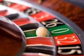 Gioco d'azzardo, Ciccarelli (ForumFamiglie): Il decreto in approvazione lacerà ancora una volte sole le famiglie