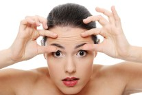 Caution - 9 Beauty Habits That Give You Wrinkles!