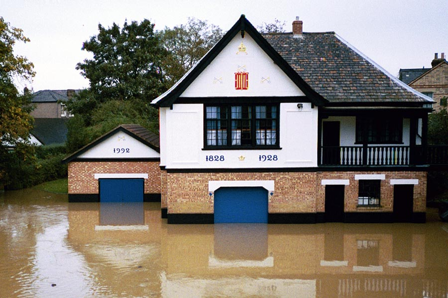Peterhouse Boathouse flooded in Cambridge, U.K. (2001).